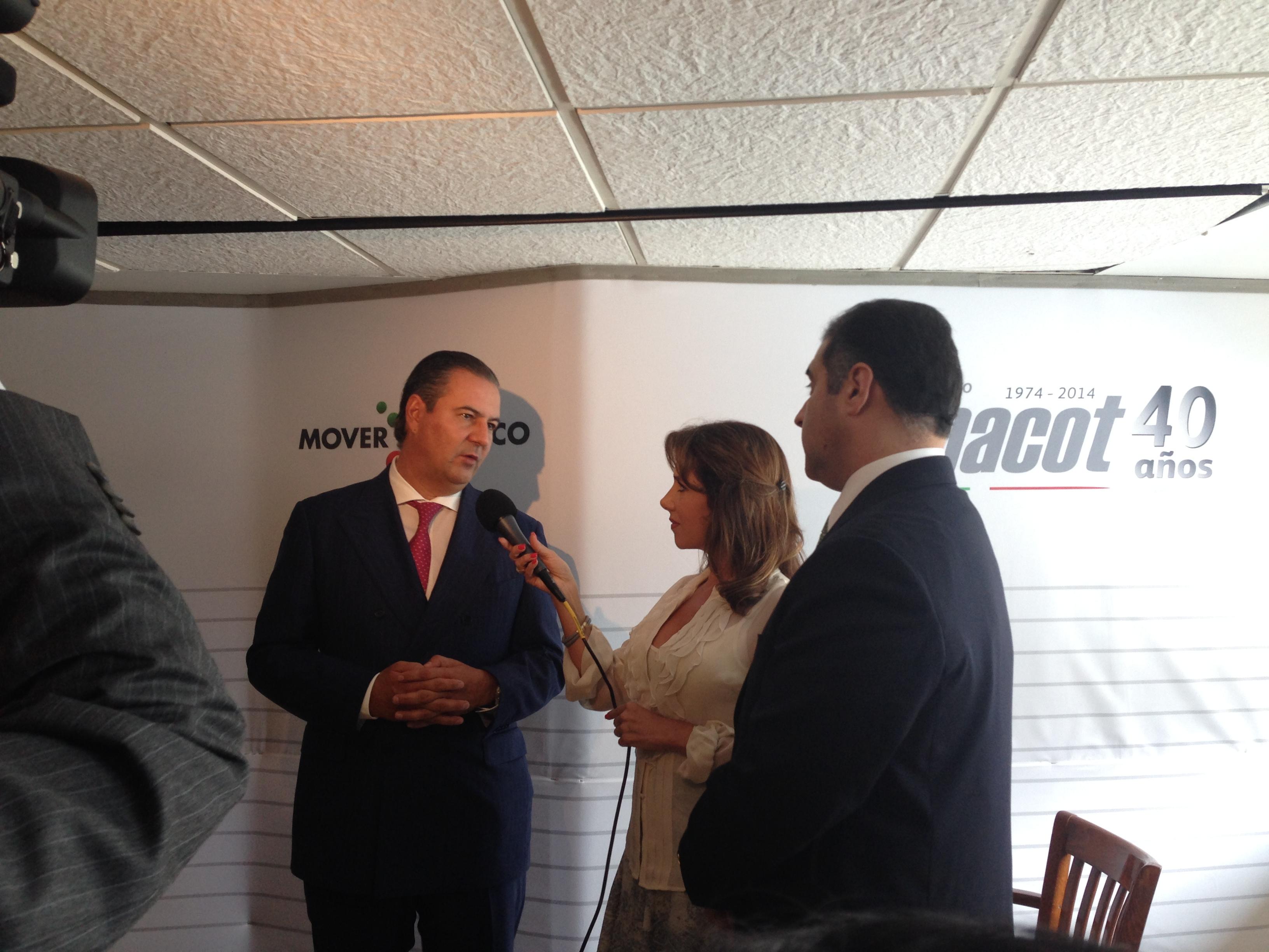 Ex presidente del Consejo Cordinador Empresarial Gerardo Gutiérrez Candiani Y Dir. Gral Instituto Fonacot César Alberto Martínez Baranda  (2)