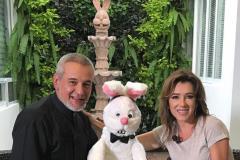 Claudia-Arellano-El-Mago-Frank-y-el-Conejo-Blas